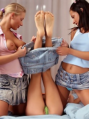 Hanna, Kamille and Wendy - Three teen cuties strip and dildo