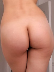 Naughty girl performs her body